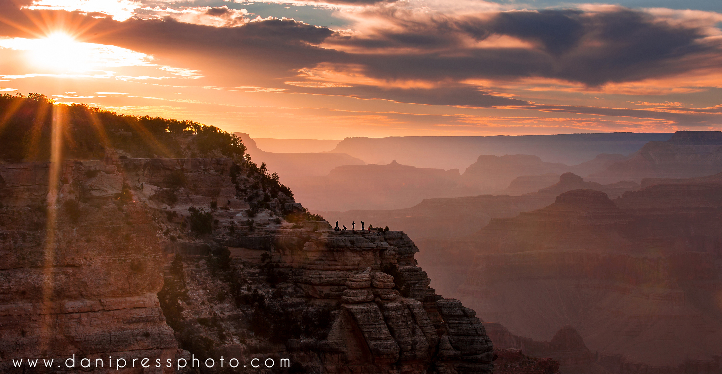 Grand Canyon Sunset photographers afterglow arizona travel famous places scenic danielle w lundberg danipress photography.jpg