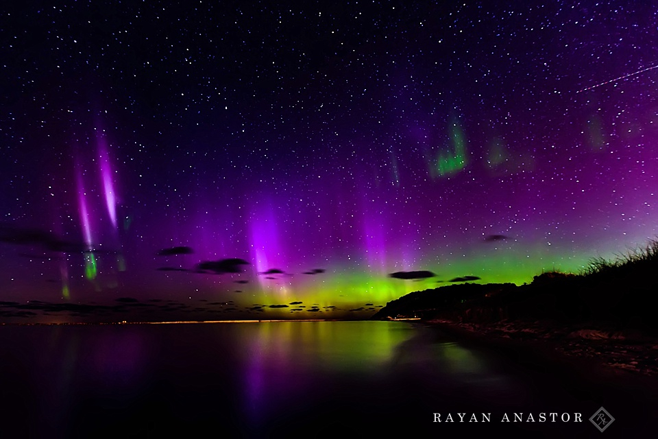 Northern Lights over Frankfort | Rayan Anastor Photography | Lake Michigan Photographer_0001.jpg