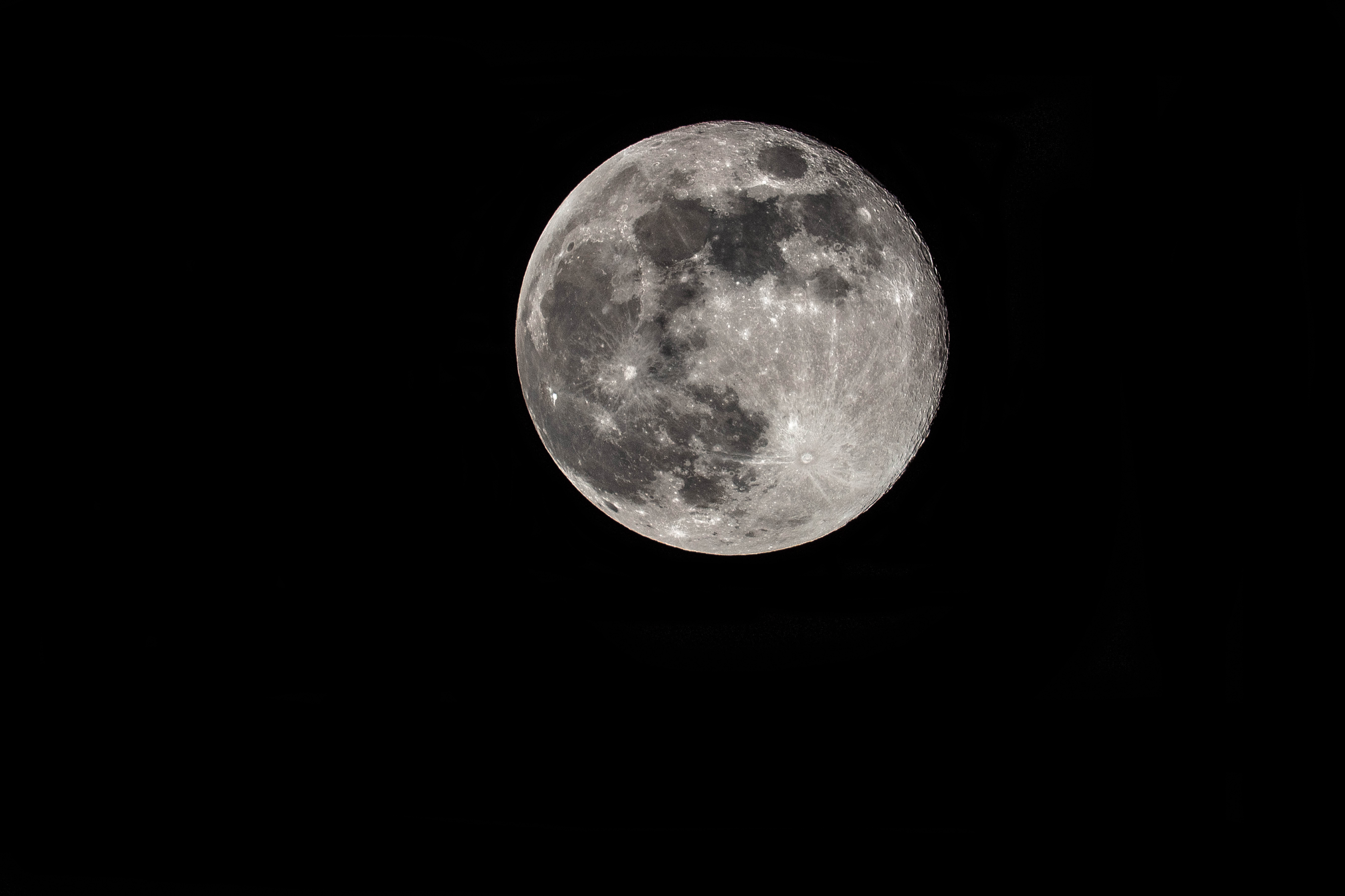 Full Moon April 2019.jpg