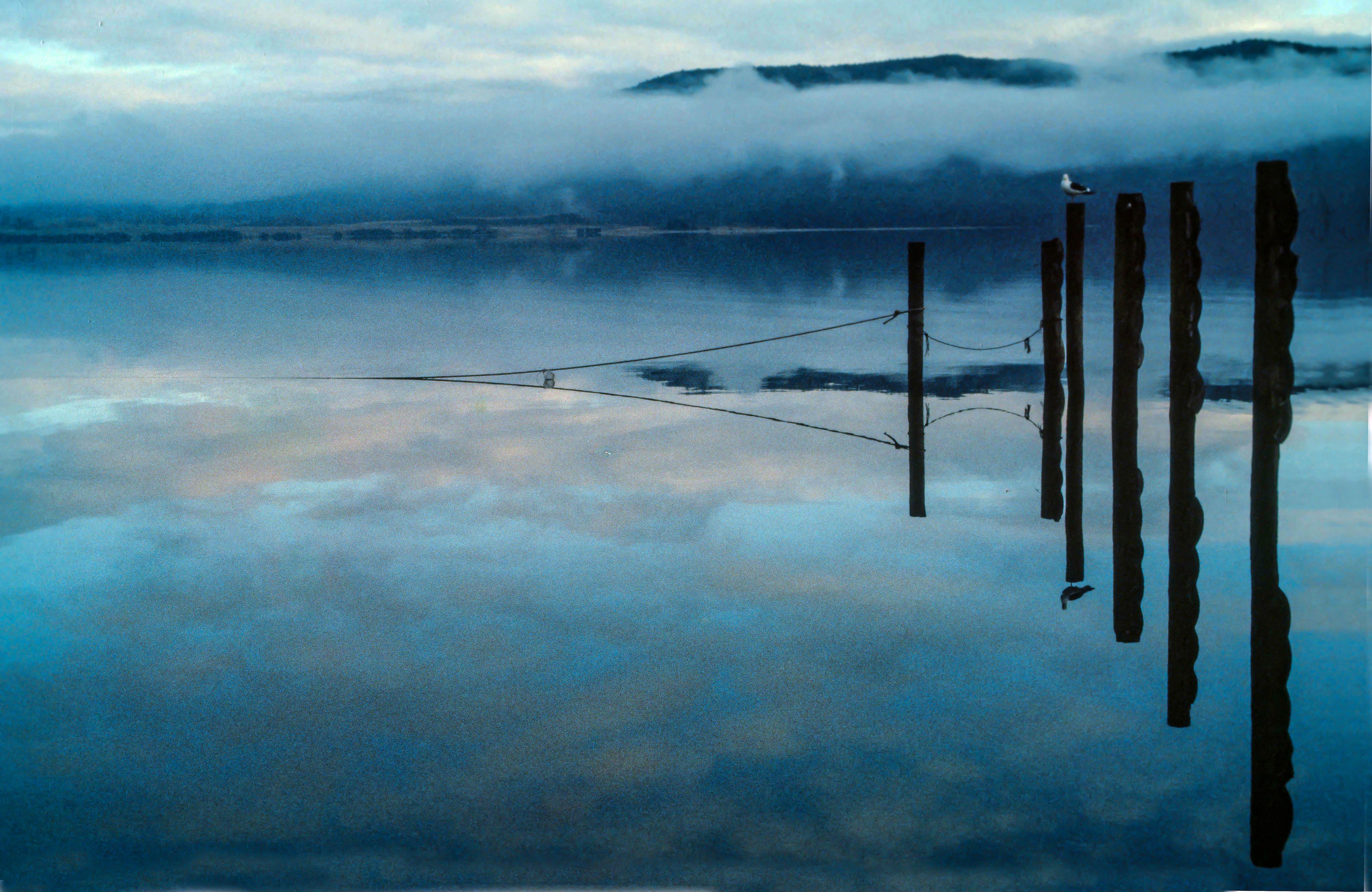 NZ Fiordland Te Anau Lake Reflections 02a.jpg