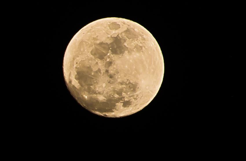 moonshotD800.jpg