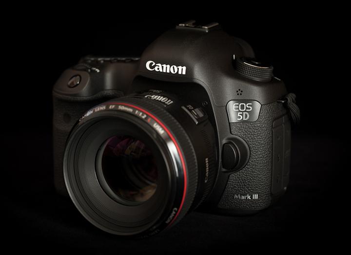 Canon EOS-5D MK III